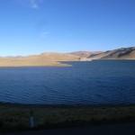 ペルー高い山の湖