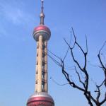 上海テレビ塔と青空