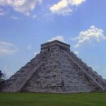 マヤの最高神ククルカンのピラミッド