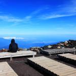 富士山山頂は雄大な景色広がるも…