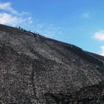 古代都市テオティワカンの太陽のピラミッド