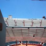 メキシコの闘牛場と青空