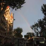 バルセロナに現れた虹,