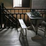 ベトナムフエの古い家具