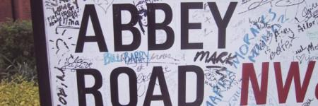 アビーロードの看板