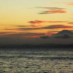 湘南から夕焼けの富士山